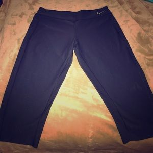 Youth crop leggings